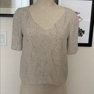 Aritzia Babaton Short Sleeve Crop Top
